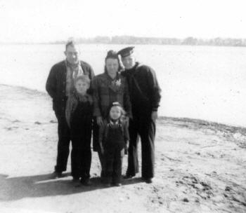 Dad's Family Picture 1944